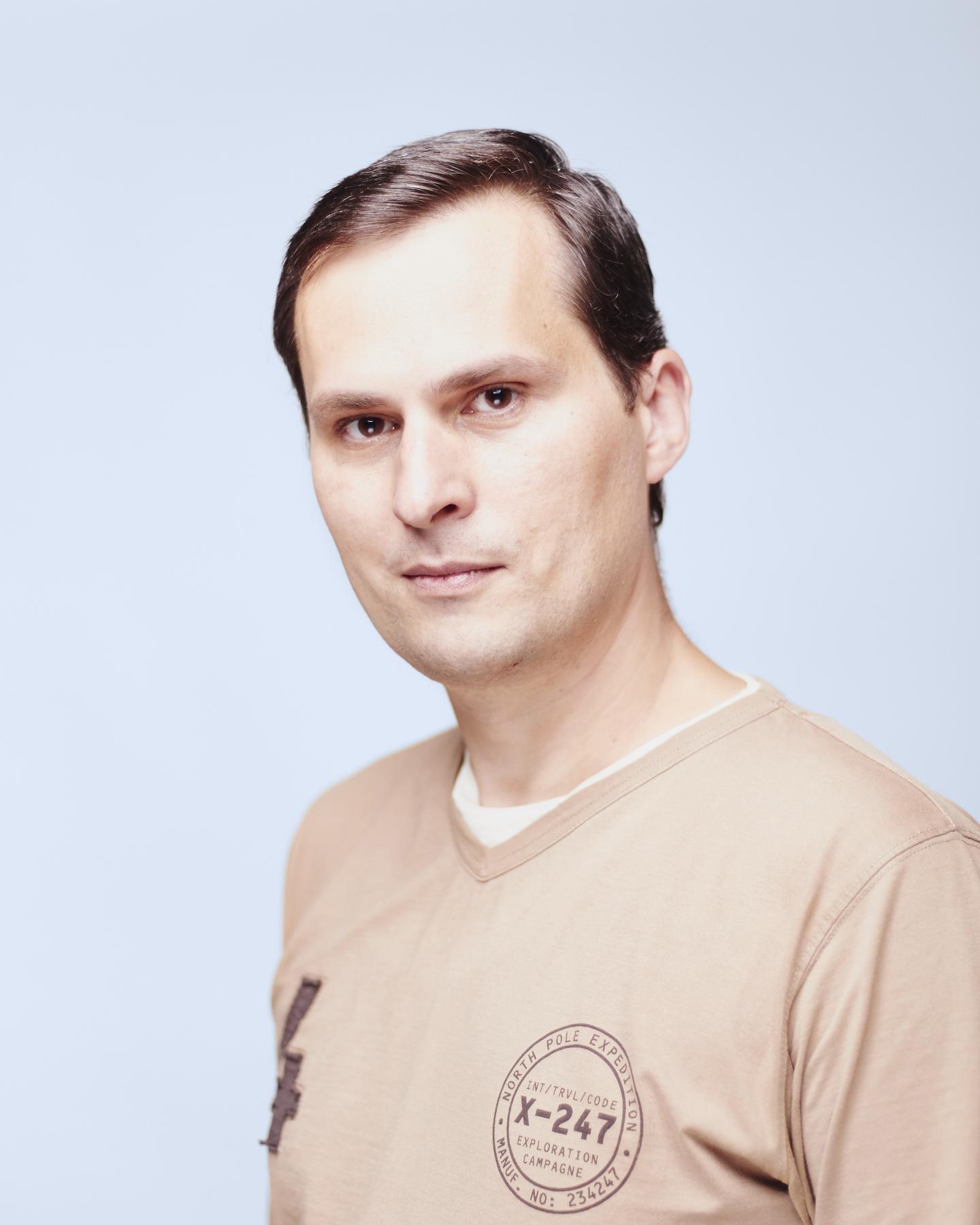 Adrian Mois